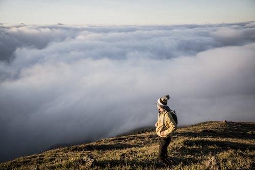 Δωρεάν στοκ φωτογραφιών με άνδρας, άνθρωπος, βουνά, βουνοκορφή
