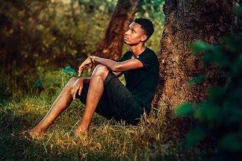 Δωρεάν στοκ φωτογραφιών με αγόρι, άνδρας, άνθρωπος, αρσενικός