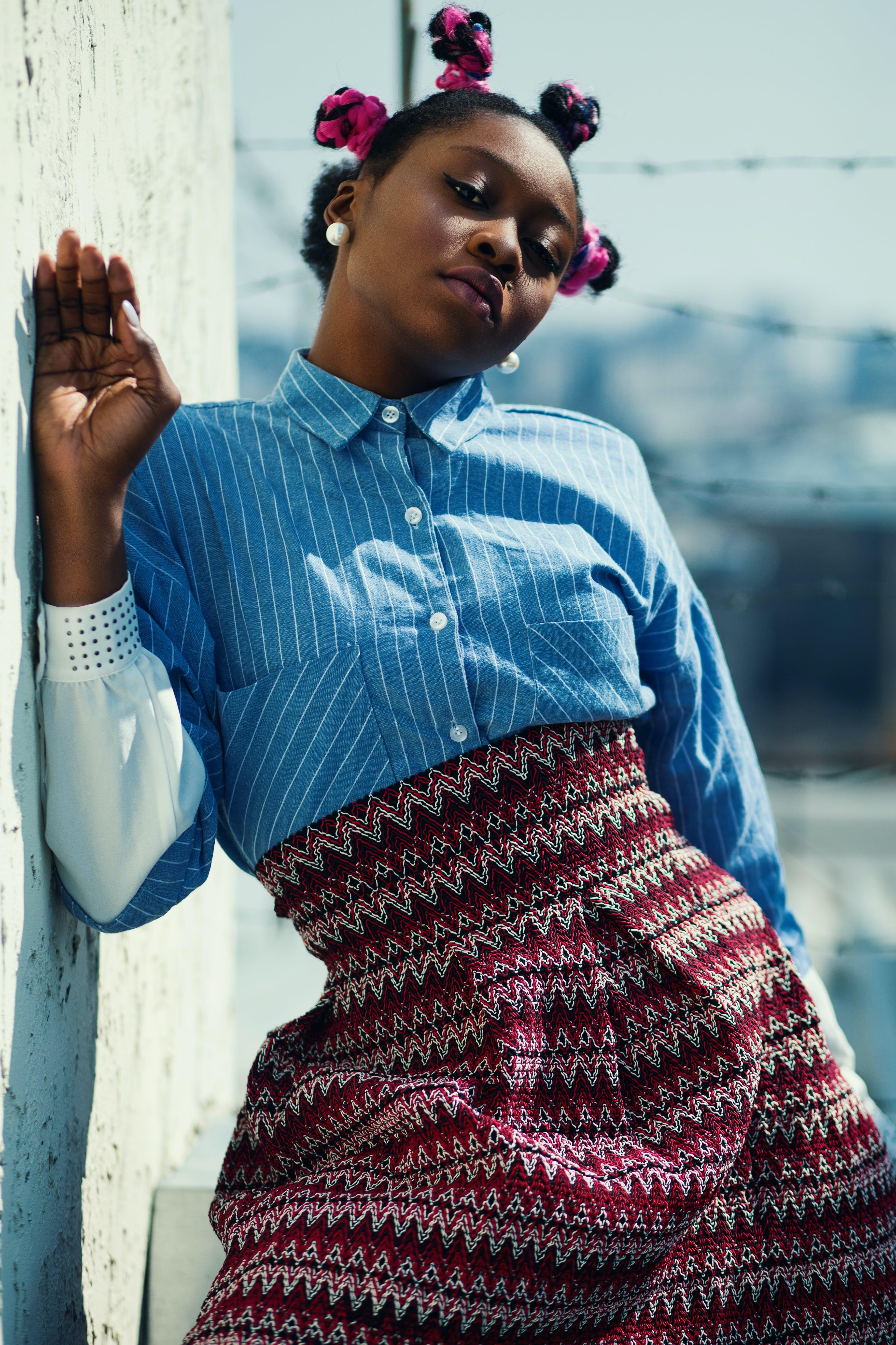 Základová fotografie zdarma na téma černoška, dáma, dámská móda, denní