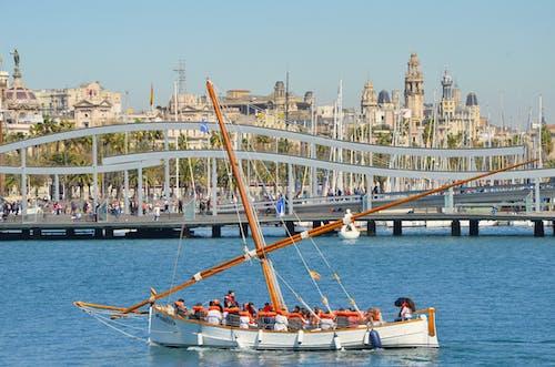 Foto profissional grátis de barcelona, barco, puerto