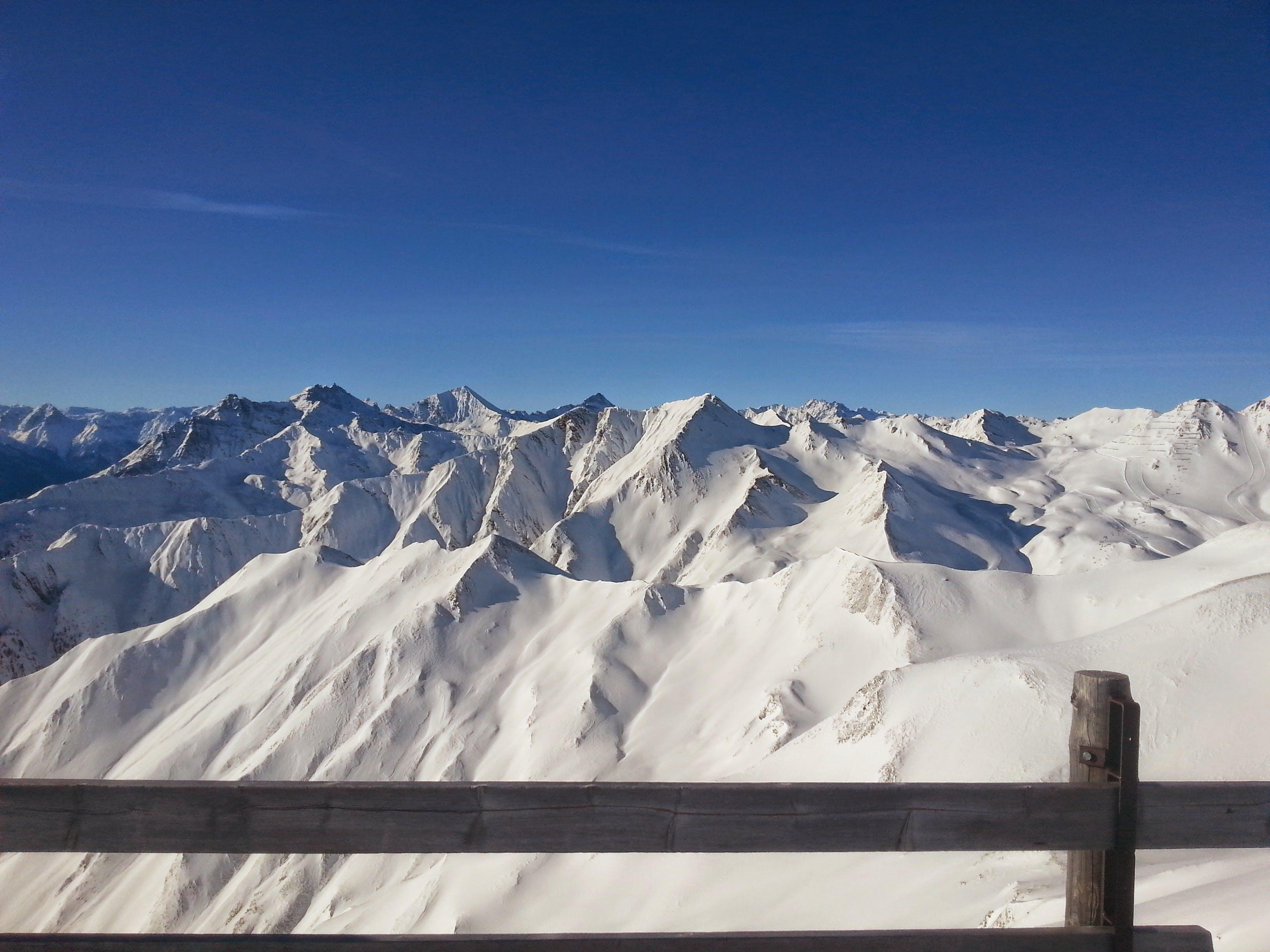 Top Veiw Photo of a Snowy Mountain