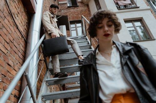Gratis lagerfoto af filmisk, kvinde, lavt fokus