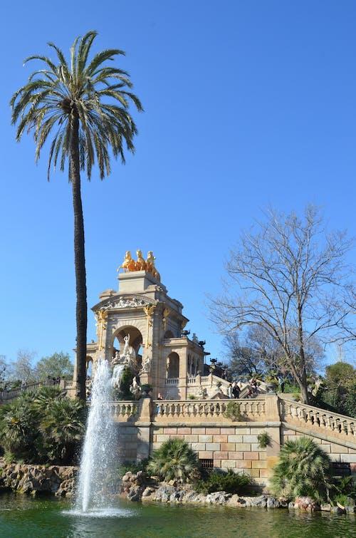 barcelona, fuente, parque içeren Ücretsiz stok fotoğraf