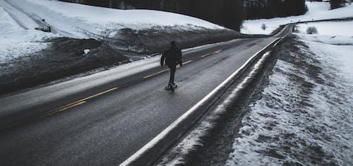 Kostenloses Stock Foto zu asphalt, draußen, eis, frost