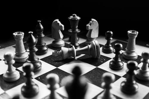 Ảnh lưu trữ miễn phí về Chiến thắng, chơi, cờ vua, đen trắng