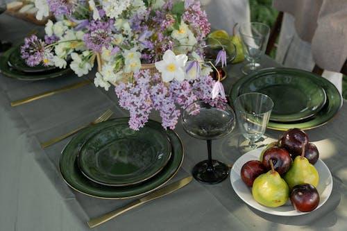 Immagine gratuita di bicchiere di vino, bouquet, cibo