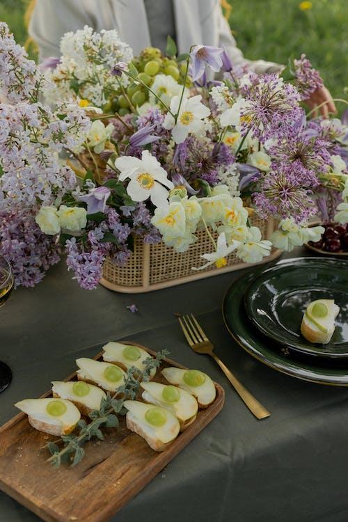 Gratis arkivbilde med blomster, dag, gaffel