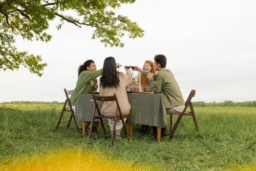 Безкоштовне стокове фото на тему «бенкет, відпочинок, відпустка»