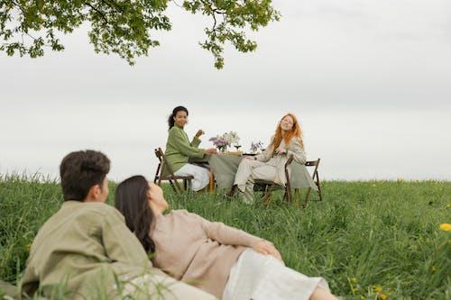 Безкоштовне стокове фото на тему «весілля, вечеря, відпочинок»