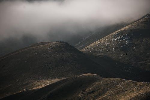 Δωρεάν στοκ φωτογραφιών με rock, αυγή, βουνό