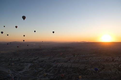 Ingyenes stockfotó aerostat, korai napkelte, légballon témában