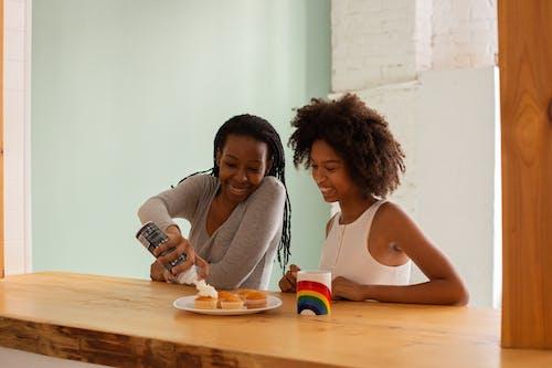 Immagine gratuita di afro-americano, coppia lesbica, donne nere