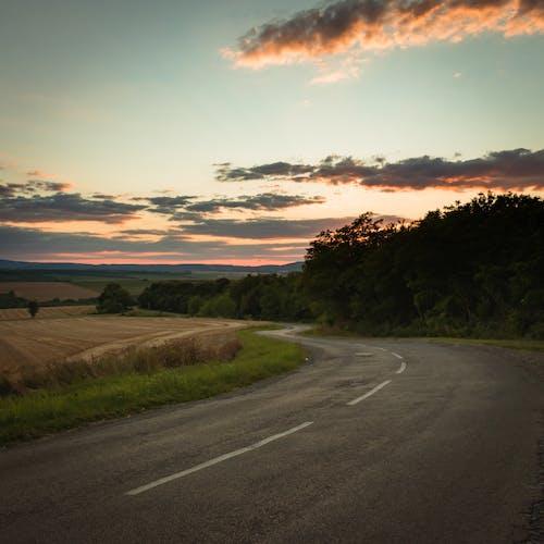 Darmowe zdjęcie z galerii z @na wolnym powietrzu, asfalt, autostrada