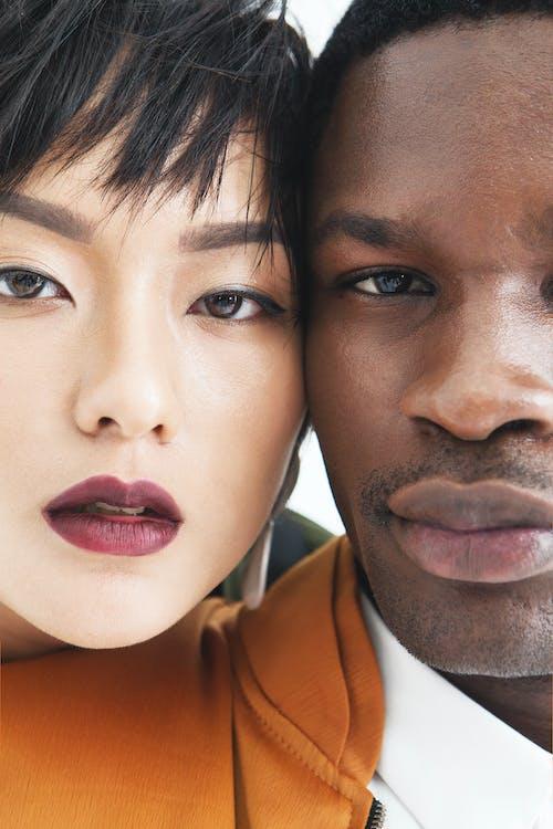 Безкоштовне стокове фото на тему «азіатська жінка, дивлячись на камеру, дорослий»