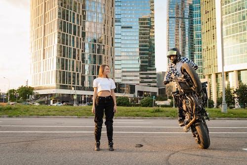 Бесплатное стоковое фото с байкер, бизнес, велосипед