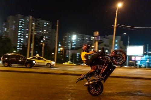 Бесплатное стоковое фото с байкер, быстрый, велосипед