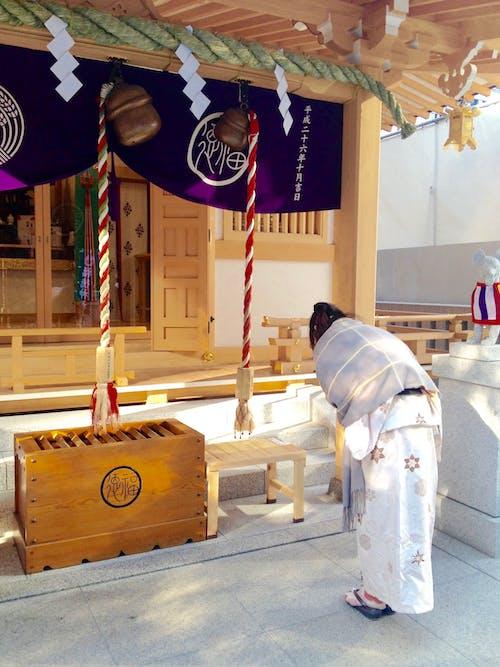 Photos gratuites de japon, nihobashi, s'inclinant, sanctuaires shinto