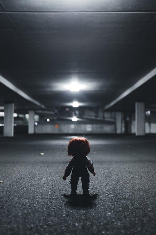 Immagine gratuita di asfalto, bambola, illuminato