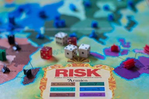 Безкоштовне стокове фото на тему «гра, Настільна гра, настільна гра ризику, ризик»
