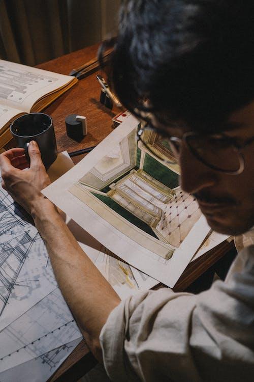 Foto profissional grátis de adulto, arquiteto, ativo