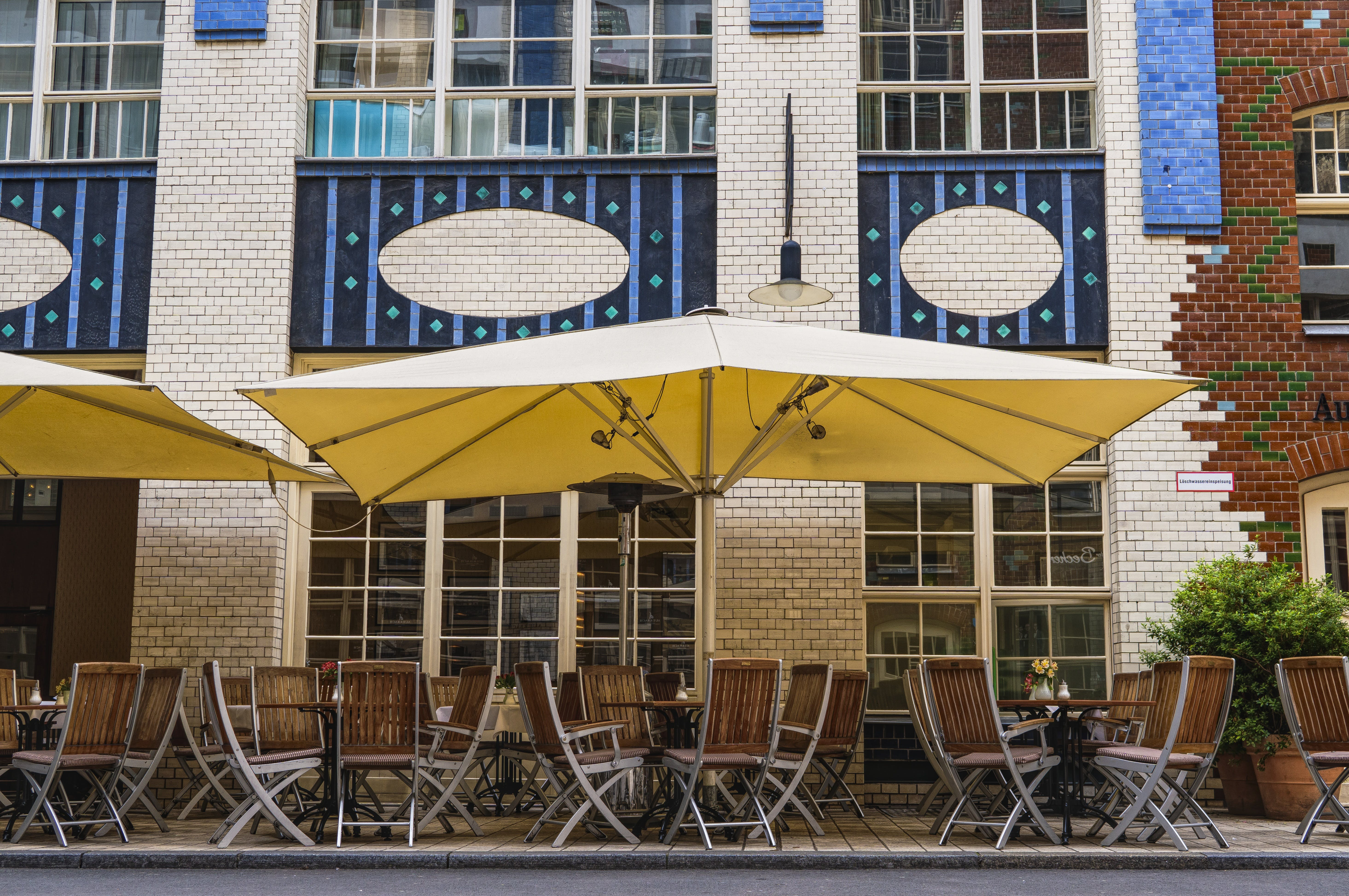 Free stock photo of berlin, chairs, eat, facade