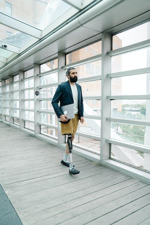 人, 假肢, 商人 的 免费素材图片