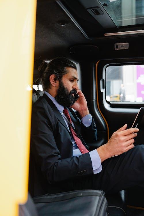 Ingyenes stockfotó arab férfi, beszél, copf témában