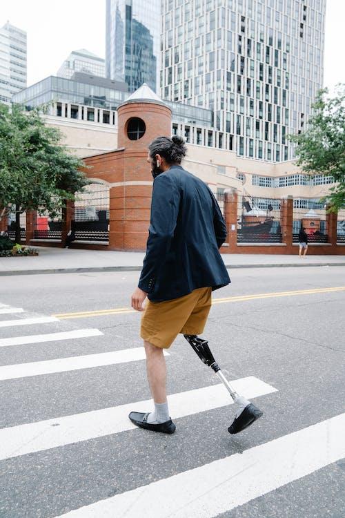 Základová fotografie zdarma na téma amputace, chůze, končetiny