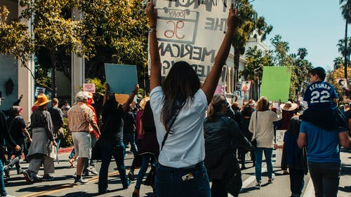 Gratis stockfoto met autorally, betoging, binnenstad, het marcheren
