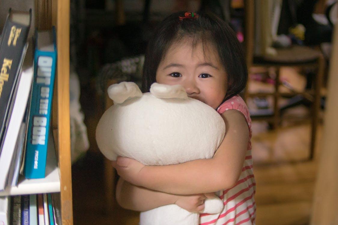 asian child, girl, hug