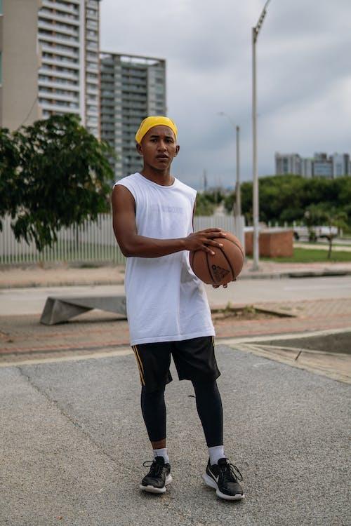 Immagine gratuita di adulto, attrezzatura sportiva, Basket - Sport