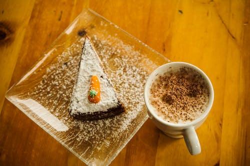 Ingyenes stockfotó bögre, csésze, csésze kávé, cukrászsütemény témában