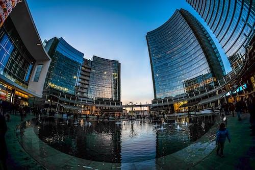 Fotos de stock gratuitas de ciudad, edificios, fotografía gran angular, fuente