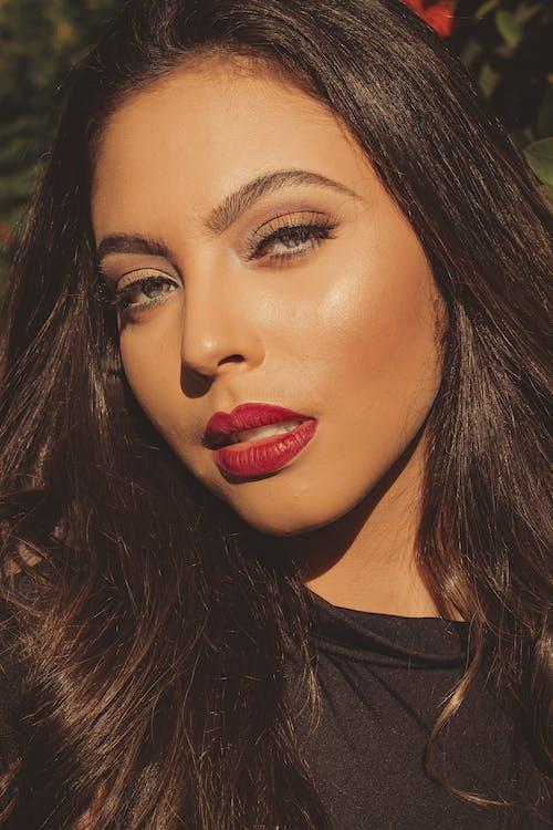 Gratis lagerfoto af ansigt, brunette, elegant