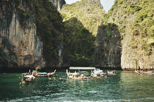 アジア, ウォータークラフト, ボート, 交通機関の無料の写真素材
