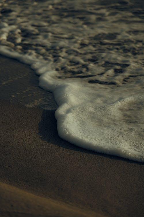 Immagine gratuita di acqua, bagnasciuga, deserto