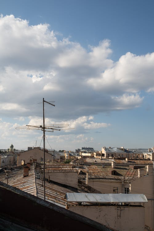 공중선, 구름, 굴뚝의 무료 스톡 사진
