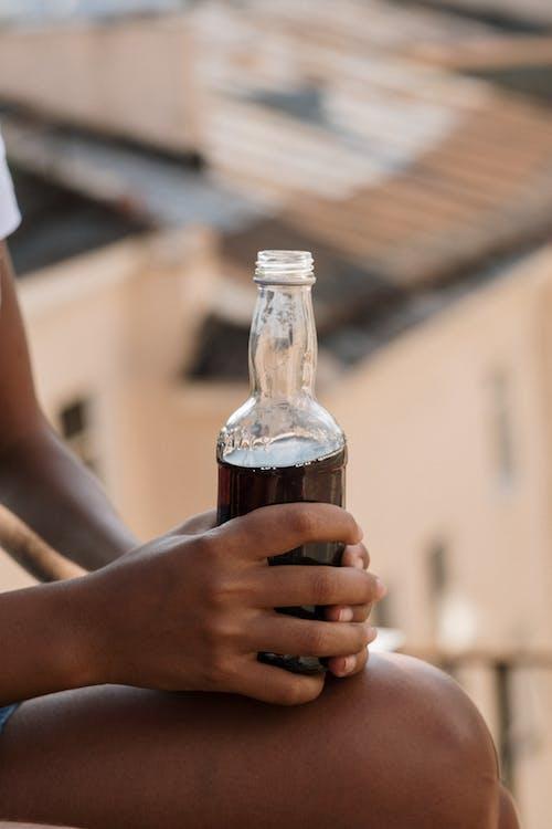 Photos gratuites de bâtiment, boire, bouteille