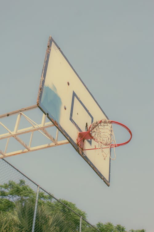 Fotos de stock gratuitas de al aire libre, alto, Aro de baloncesto