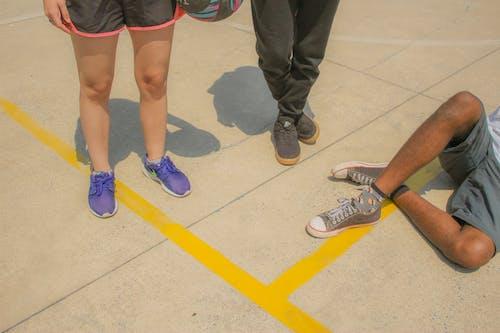 Fotos de stock gratuitas de calle, calzado, caminar