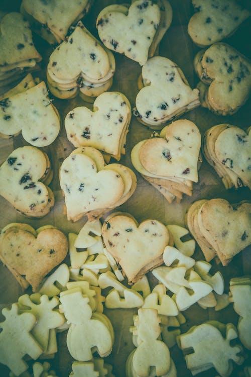 Kostnadsfri bild av bakad, hjärta, mat, sötsaker