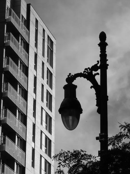 Gratis stockfoto met lantaarn, lantaarnpaal, straatlantaarn