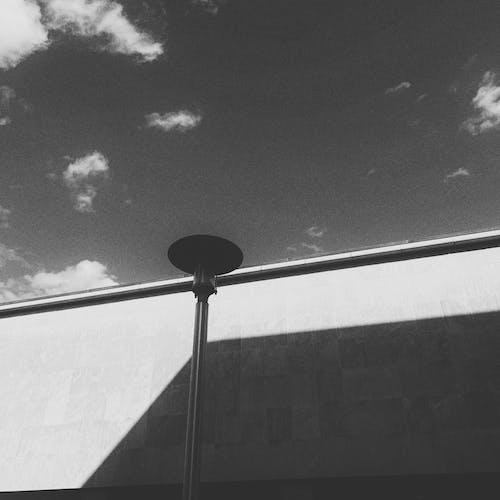 Δωρεάν στοκ φωτογραφιών με άνεμος, Άνθρωποι, αρχιτεκτονική