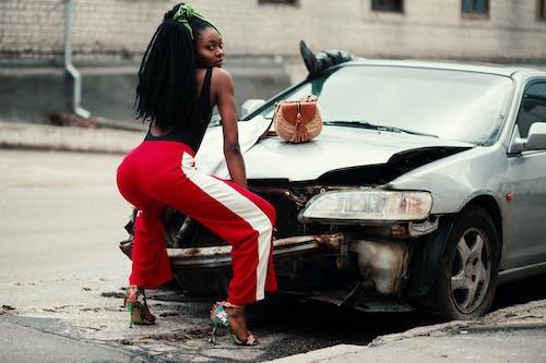 Imagine de stoc gratuită din automobil, doamnă, drum, fată