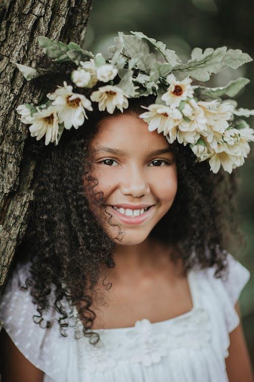 Kostnadsfri bild av barn, blomkrona, blomma