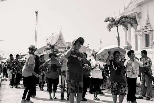 Foto d'estoc gratuïta de blanc i negre, Festival, temple