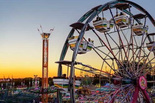 Photos gratuites de à mi-chemin, amusement, carnaval