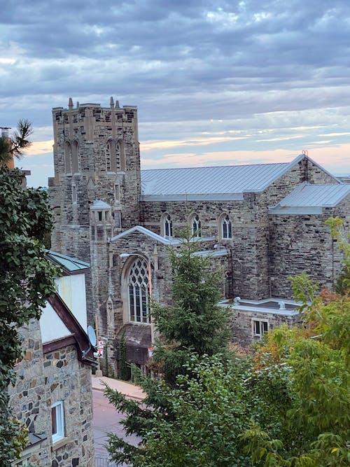 Gratis stockfoto met architectuur, kerk, oude kerk