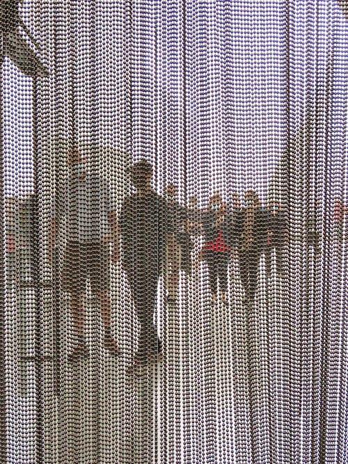 Gratis stockfoto met achter een gordijn, rij, wachtrij tijdens pandemie
