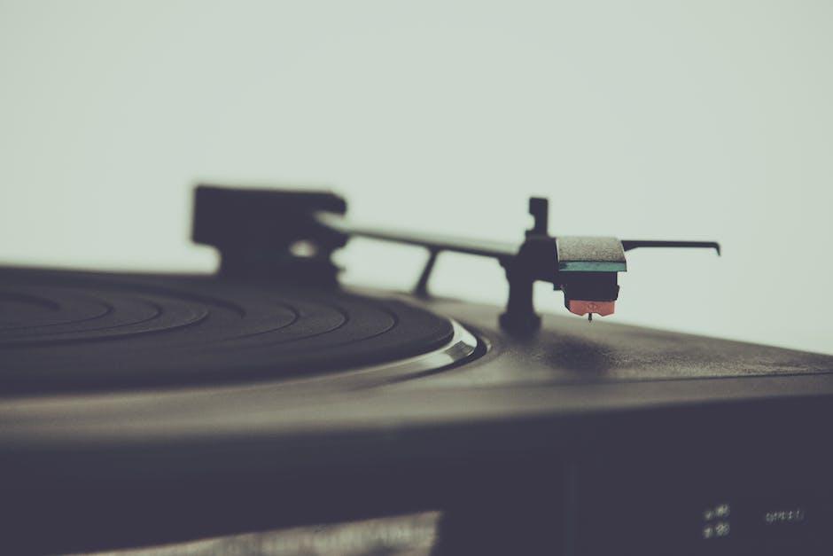 Black Vinyl Disc Player